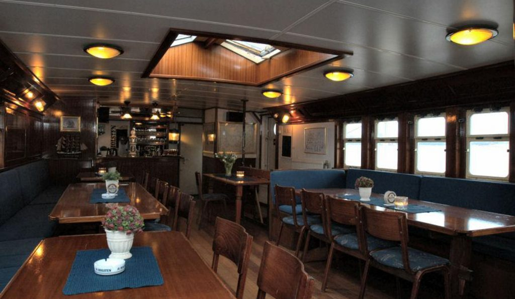 3 Mast Topsegelschoner HENDRIKA BARTELDS Salon