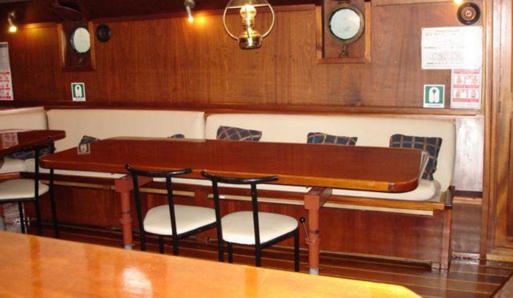 2 Mast Schoner Zuiderzee Salon