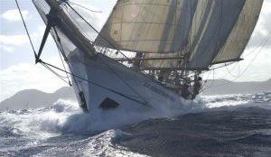 Regatten Sir Robert Baden Powell Bild zeigt das Segelschiff von vorne