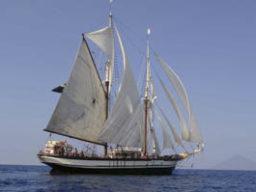 Segelreisen | Liparische Inseln | SV FLORETTE | Apr. 19