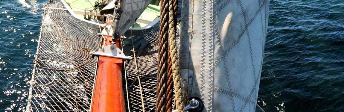 Segelreisen Ostsee Kategoriebild zeigt Detaillbild eines Segelschiffes