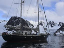Segeltörn | Longyearbyen zeigt die Anne Margaretha