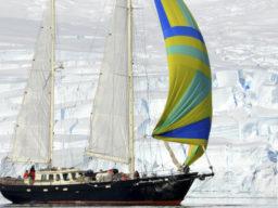 Tromsø - Longyearbyen zeigt die Anna Margaretha