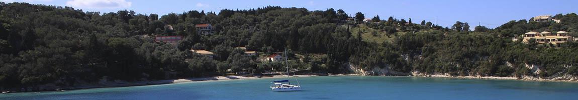 Segeltörn Ionische Inseln Bild zeigt traumhafte Bucht