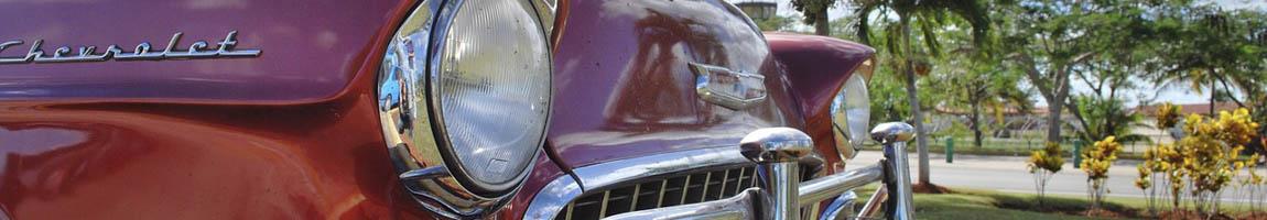Segeltörn Kuba Bild zeigt einen kubanischen Oldtimer