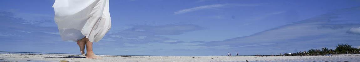 Segeltörn Mexiko Bild zeigt Situation BarFuß am Strand