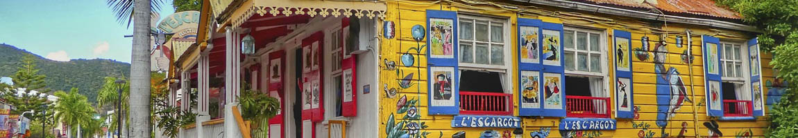 Segeltörn St. Maarten Bild zeigt einen bunten Kiosk