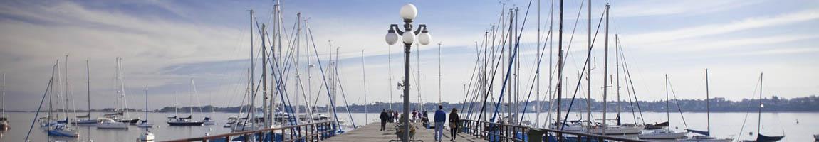 Segeltörn Uruguay Bild zeigt Segelschiffe im Hafen