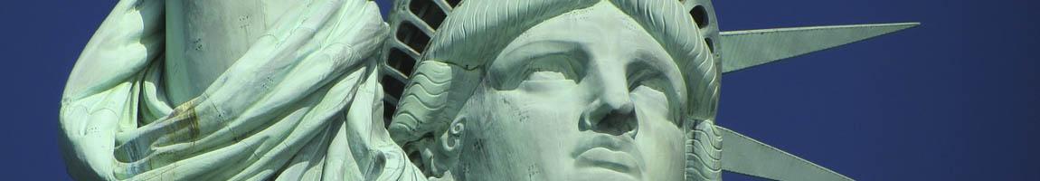 Segeltörn USA Bild zeigt Detail der Freiheitsstatue