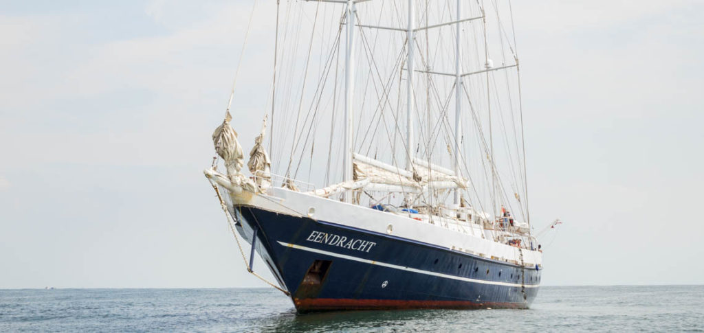 3-Mast Gaffelschoner Eendracht Nahaufnahme