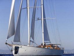 Segeln in der Adria zeigt das Segelschiff Kairos