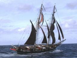Nach Schottland segeln Bild zeigt eine Brigg