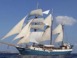 Segelreisen Sardinien und Korsika Atlantis
