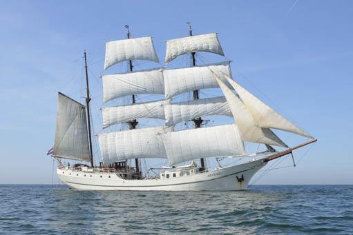 Ostseetörns ab Kiel zeigt die Artemis
