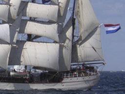 Meilentörn Sevilla - Teneriffa zeigt die 3 Mast Bark Europa