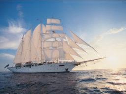 Star Clipper Balireise zeigt das stolze Schiff