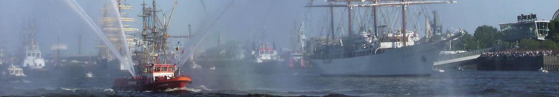 Hafengeburtstag Einlaufparade