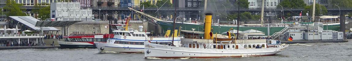 Hafengeburtstag Hamburg Programm zeigt Schiffe auf der Elbe