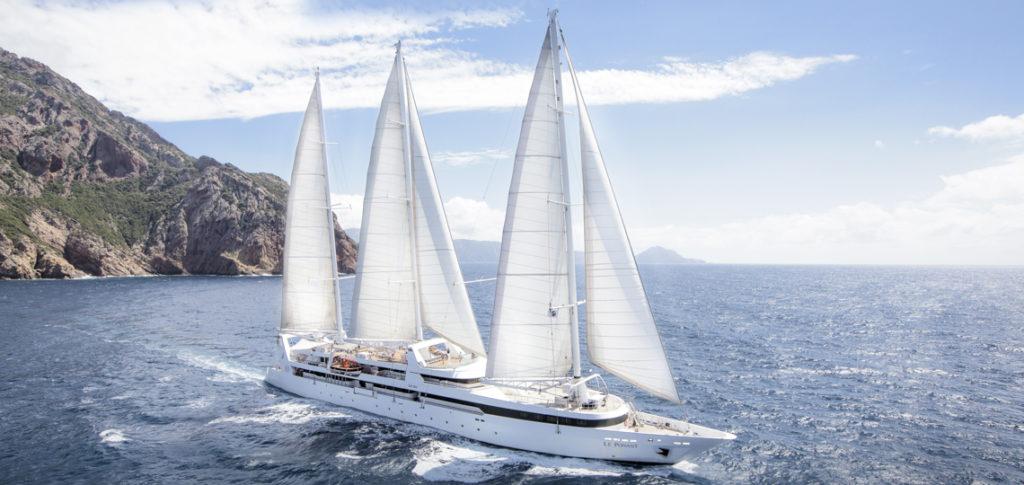 Segelschiff Le Ponant zeigt die Yacht