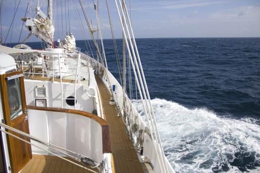 Meilenmacher Eendracht zeigt eine Nahaufnahme des Segelschiffes