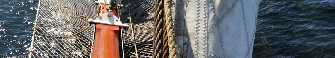Klassenfahrt Bild zeigt Detail eines Segelschiffes