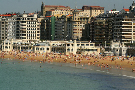 Iberische Atlantikküste zeigt San Sebastian