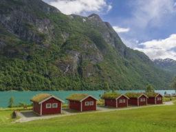 Island Kreuzfahrten zeigt typische Landschaft