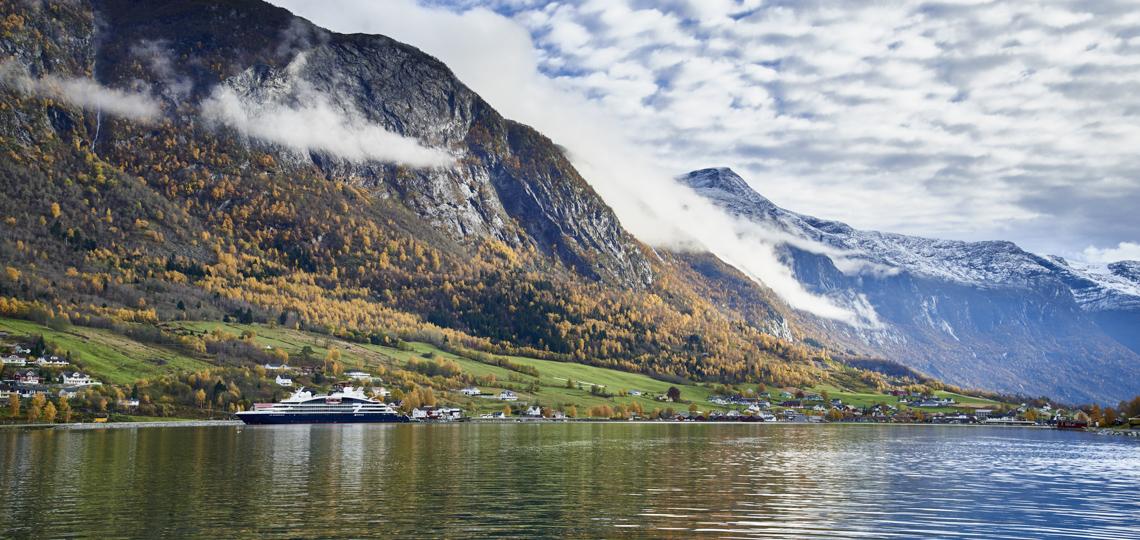Le Jaques Cartier Superyacht der Ponant Explorer Klasse