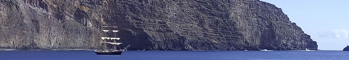 Segeltörns weltweit zeigt Segelschiff auf den Kanaren