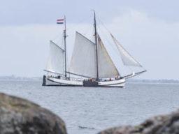 Seereise zum Hafengeburtstag Bild zeigt eine Koftjalk