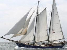 Segelreisen Kanalinseln auf der Zephyr