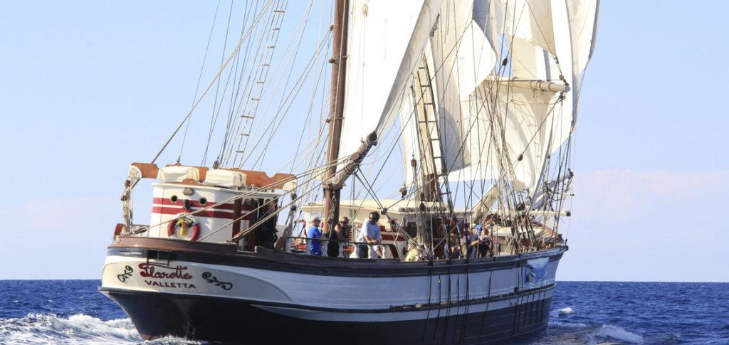 Heckansicht Segelschiff Florette