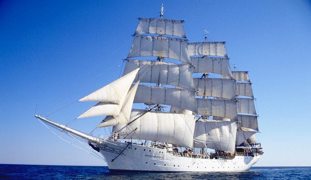 3 Mast Vollschiff Christian Radich unter Segeln