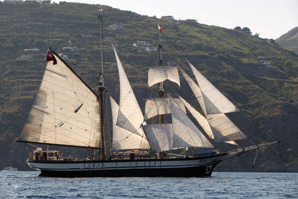 Brigantine Florette auf See