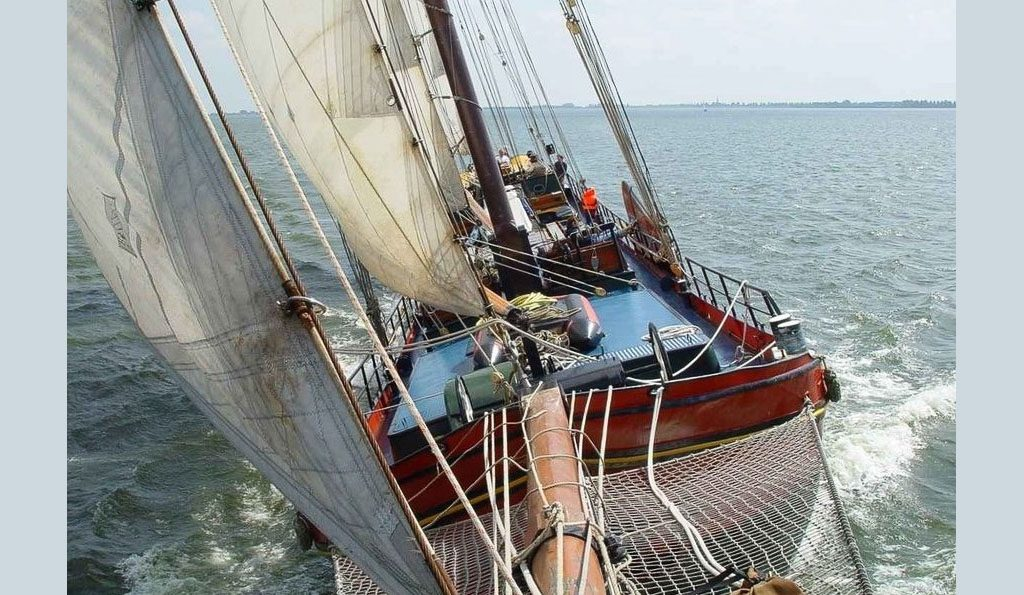 2 Mast Klipper Panta Rhei an Deck