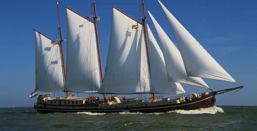 3 Mast Klipper Radboud, unter Segeln