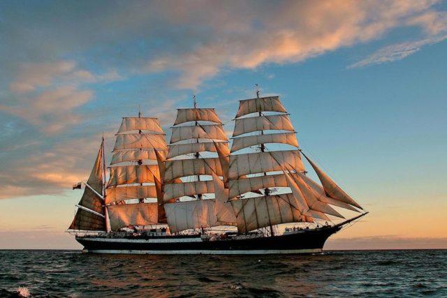 4 Mast Bark Sedov, Steuerbord