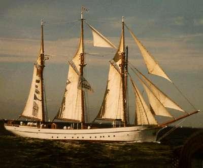 3 Mast Schoner Anny von Hamburg unter Segeln