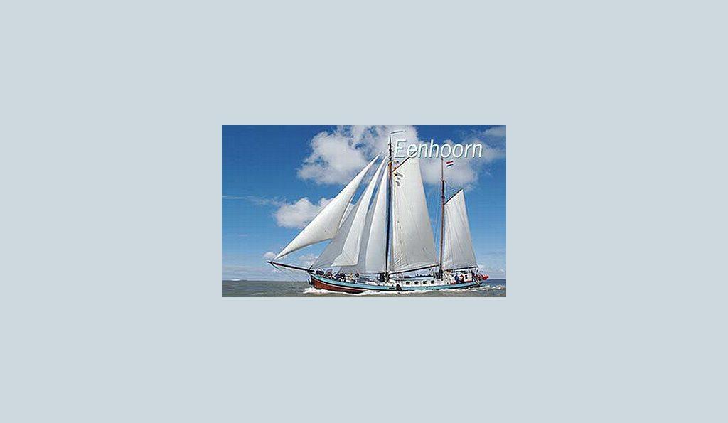2 Mast Klipper Eenhorn unter Segeln