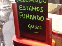 """Schild in der Tapasbar """"El Zaguán"""", Ibiza Stadt."""