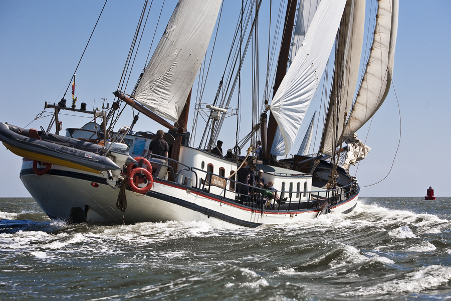 2 Mast Klipper Hollandia segelnd