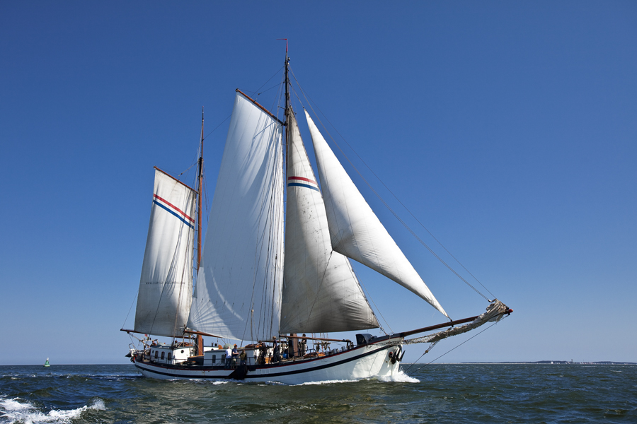 2 Mast Klipper Hollandia Bug