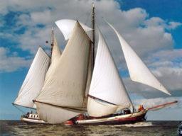 2 Mast Klipper Johanna Engelina segelnd