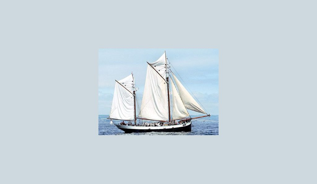 2 Mast Logger Tecla, segelnd
