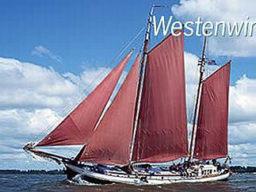 2 Mast Klipper Westenwind, Seitenansicht unter Segeln